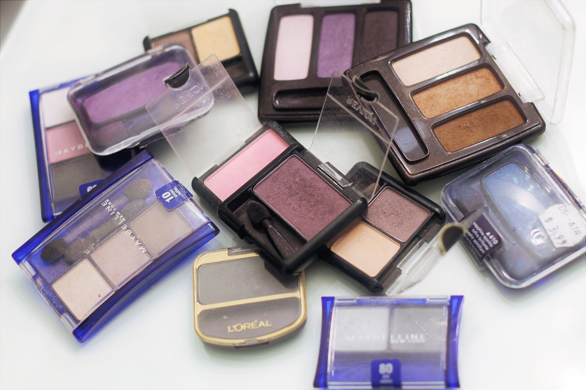 when-to-toss-old-makeup